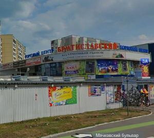 Салатовая ветка. Торговые центры на Люблинской линии метро. 880b1c40a70